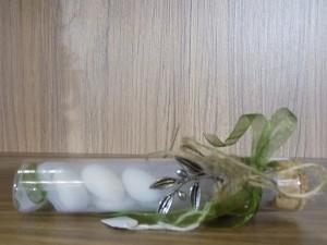 Μπομπονιέρα γάμου σωλήνα με φελλό με μοτιφ κλαράκι ελιάς